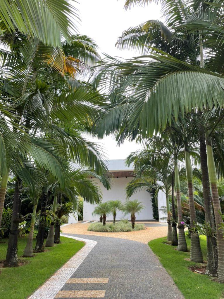 Mansão condomínio fechado em Goiânia Jardins Milão 2,481 m2